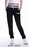 Спортивные брюки трикотажные