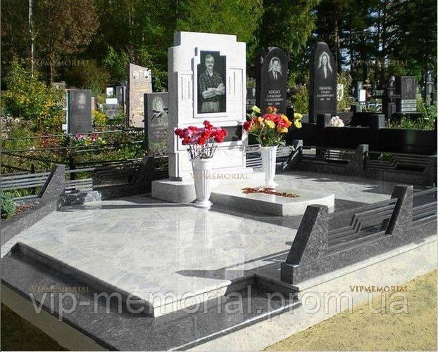 Памятник гранитный Г-181