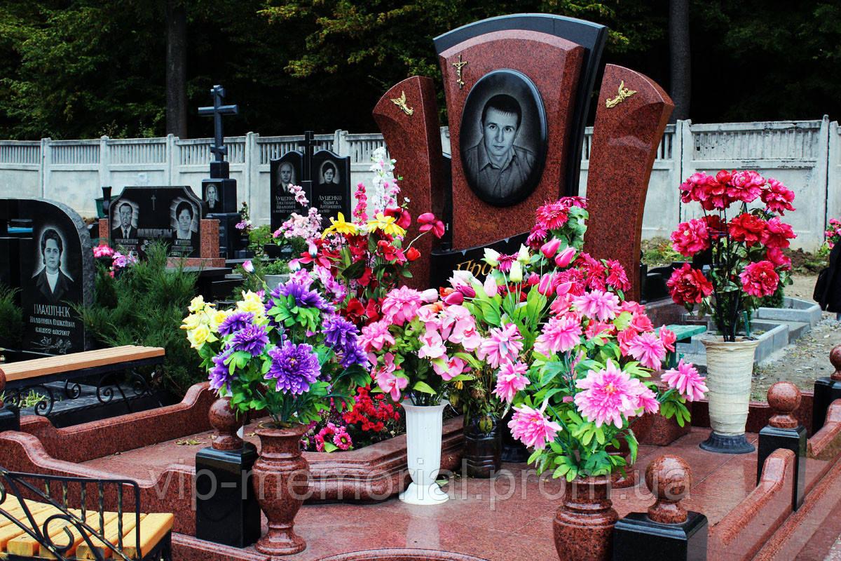 Памятник гранитный Г-184