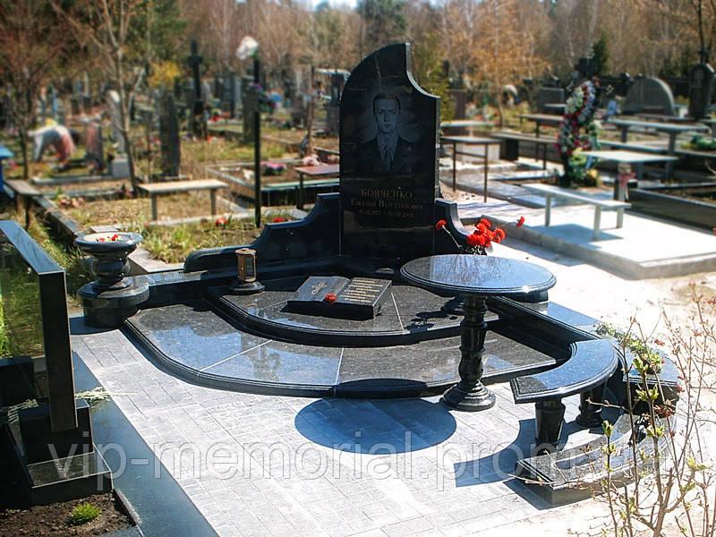 Памятник гранитный Г-205