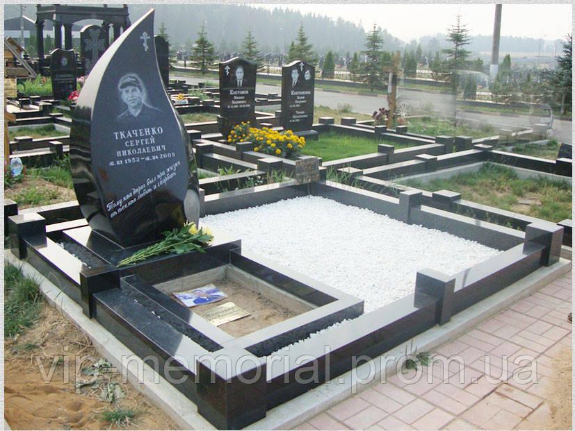 Памятник гранитный Г-216