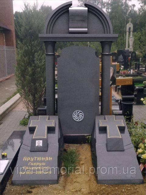 Памятник гранитный Г-227