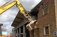 Демонтаж зданий из кирпича