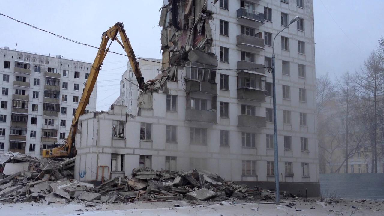 Демонтаж панельных и монолитных домов