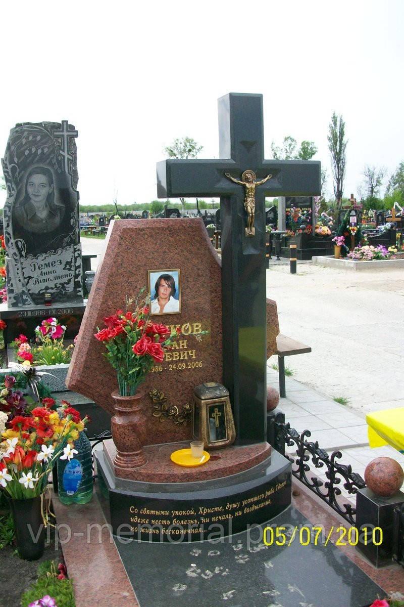 Памятник гранитный Г-274