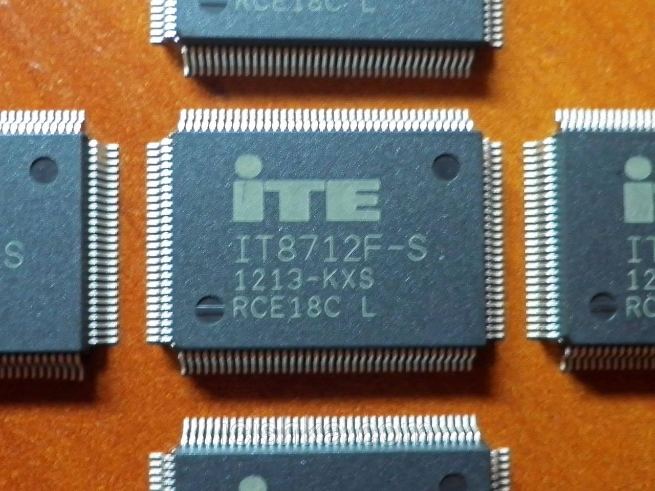 ITE IT8712F-S KXS - Мультиконтроллер