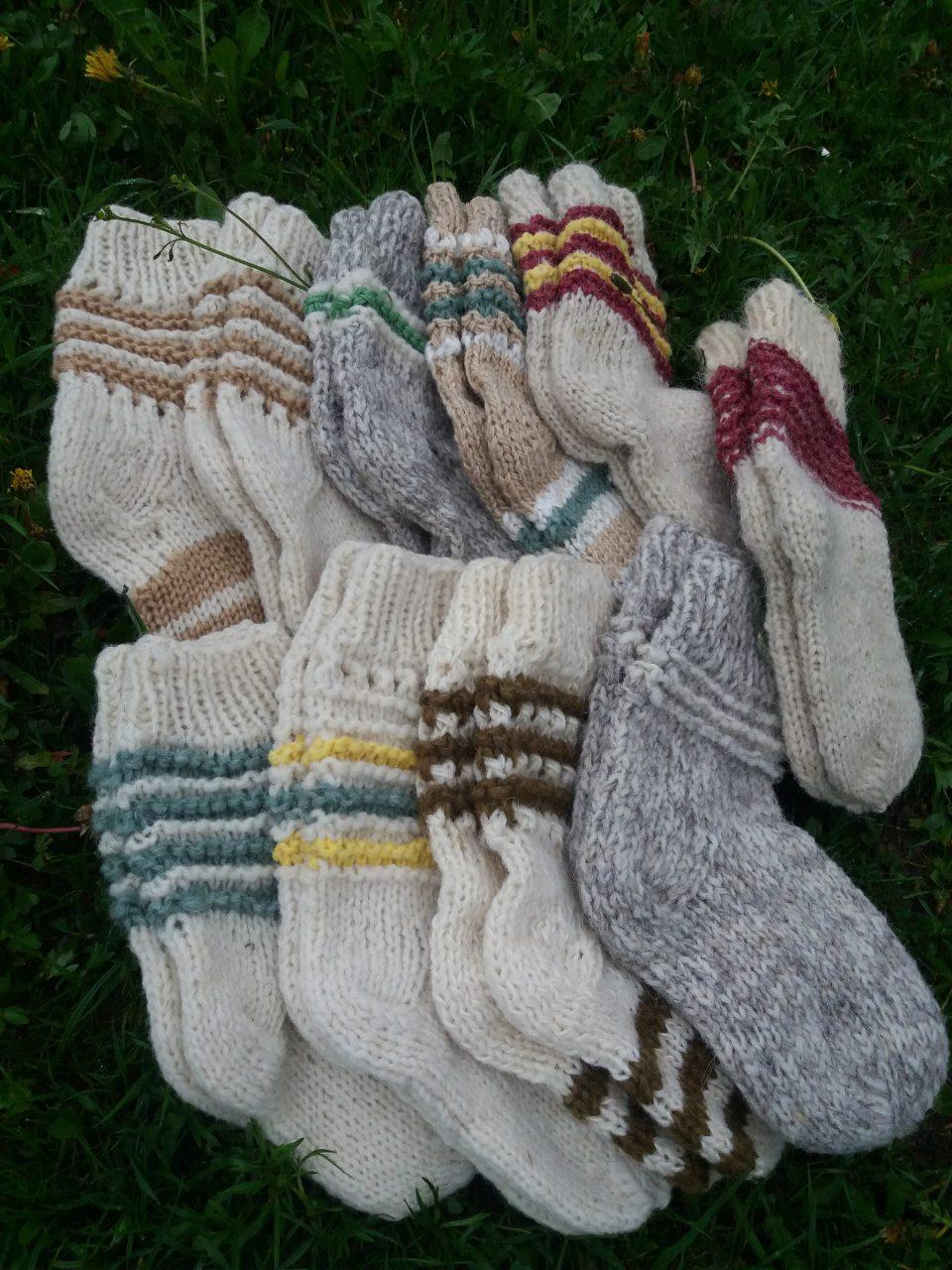 Теплі носки з овечої шерсті