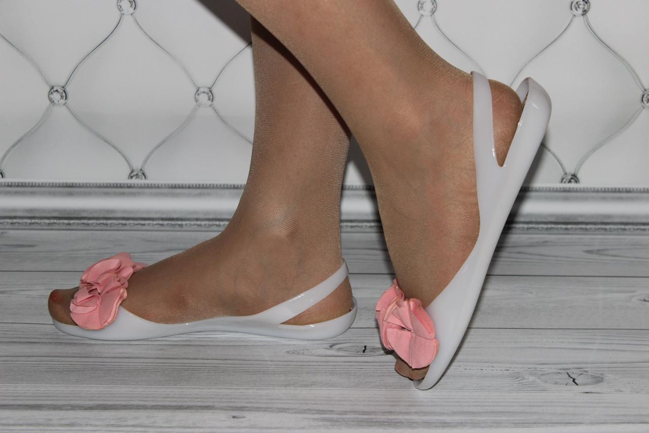 Женские силиконовые балетки белого цвета