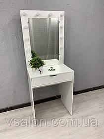 Стол с зеркалом и лампочками для макияжа V442