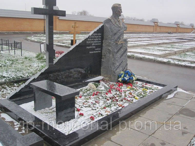 Памятник гранитный Г-428