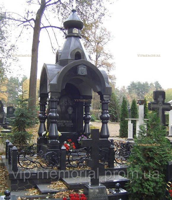 Памятник гранитный Г-479