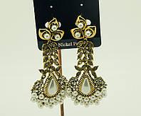 Вечерние украшения оптом, серьги с жемчугом и кристаллами. 1717