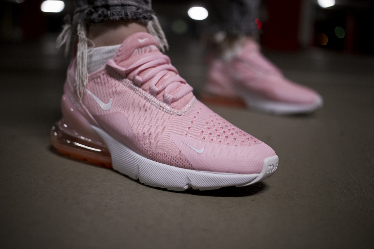Женские кроссовки Nike 270 White Light Pink ( Реплика ) Остался 36 размер