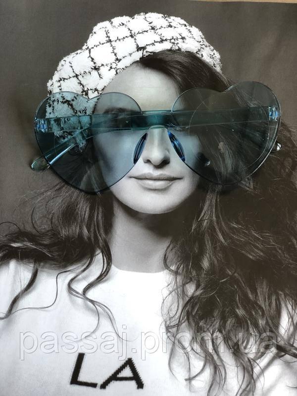 Солнцезащитные стильные голубые очки