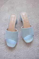 Женские босоножки сабо шлепанцы на каблуке 5см голубые замшевые 37-39