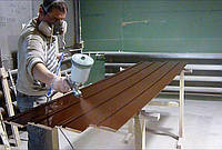 Услуги покраски потолочных плинтусов, напольного плинтуса, подборка цвета