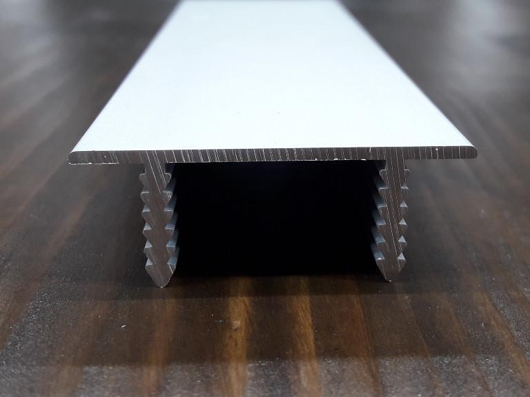 Торцевий профіль для дверного полотна з ДСП або МДФ