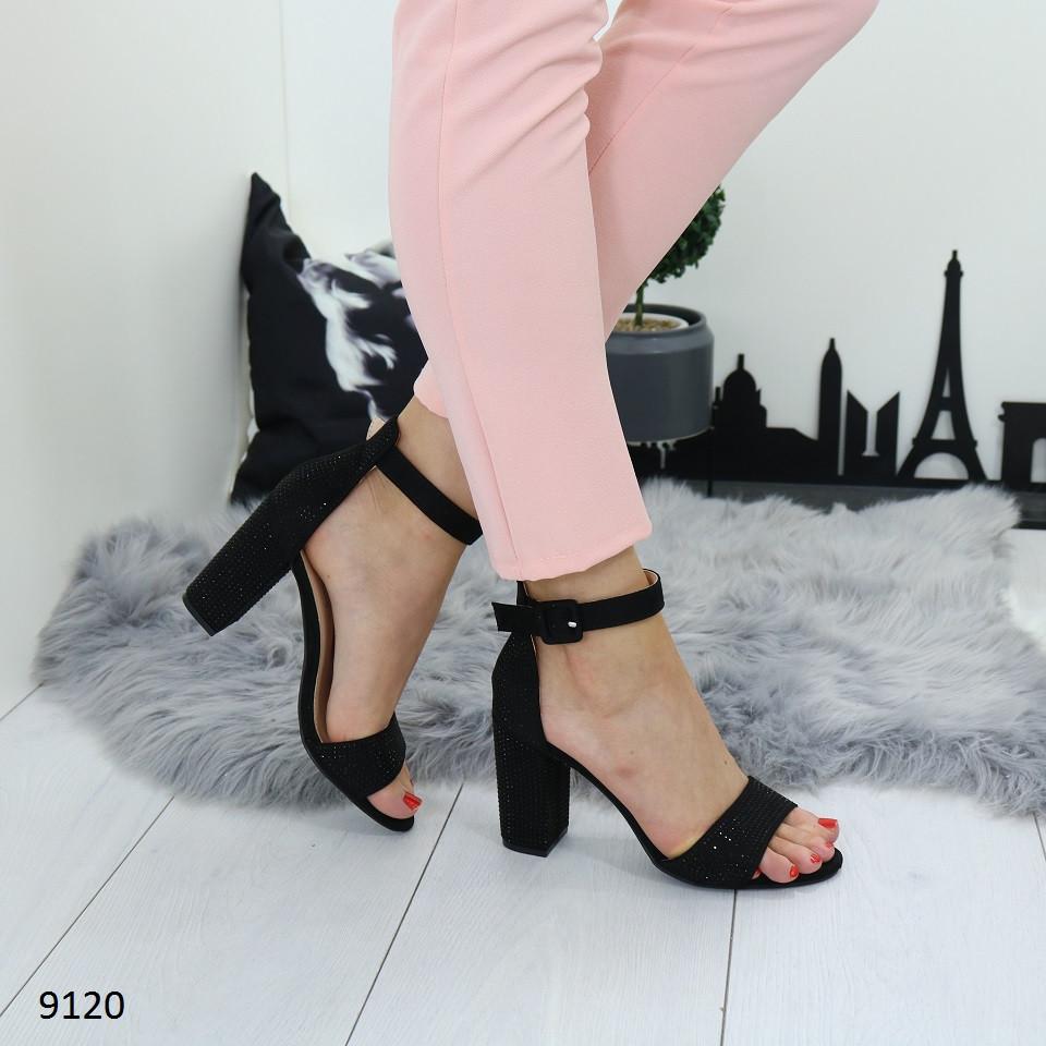 0549140a3 Женские замшевые босоножки на удобном устойчивом каблуке черные ...