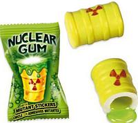 """Огромная Мега Жвачка """"Ядерный взрыв"""" со стикером Fini Nuclear Gum (Испания), Токсические отходы"""