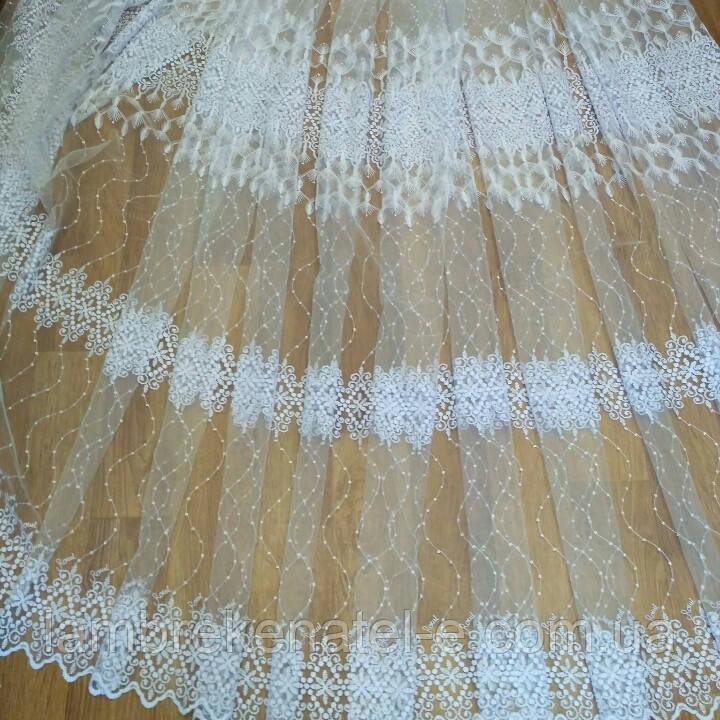 Тюль в спальню ажурная вышивка на белом фатине