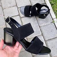 Модные женские черные босоножки