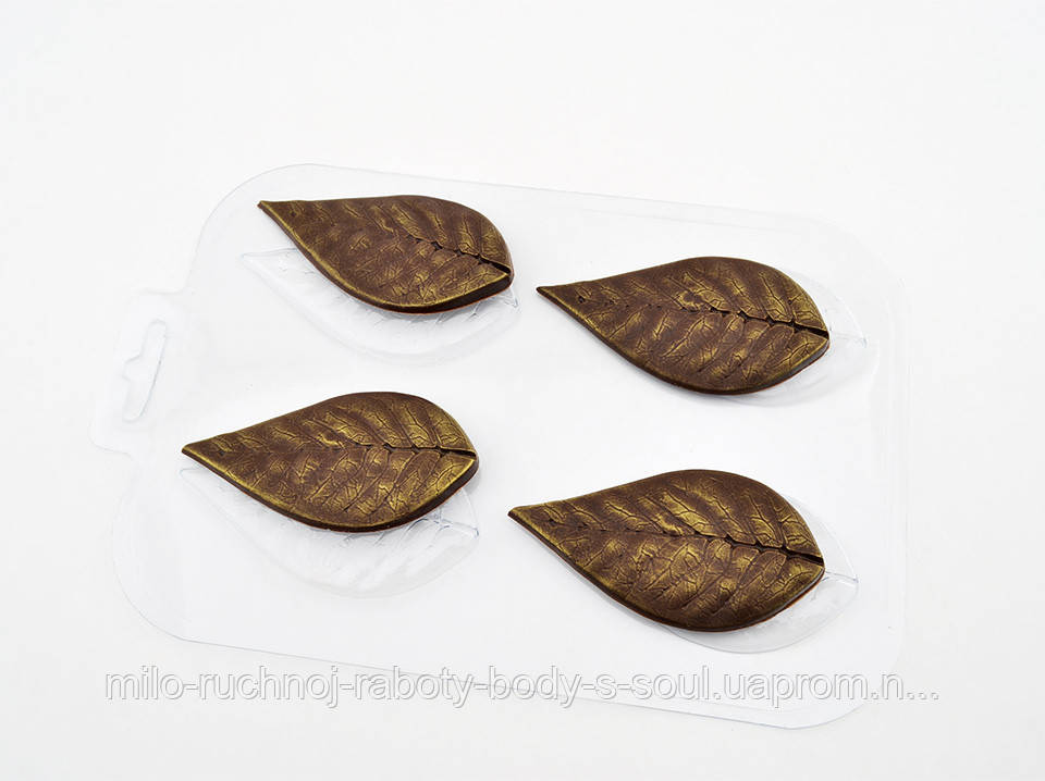 Пластиковая форма для шоколада Листья вишни