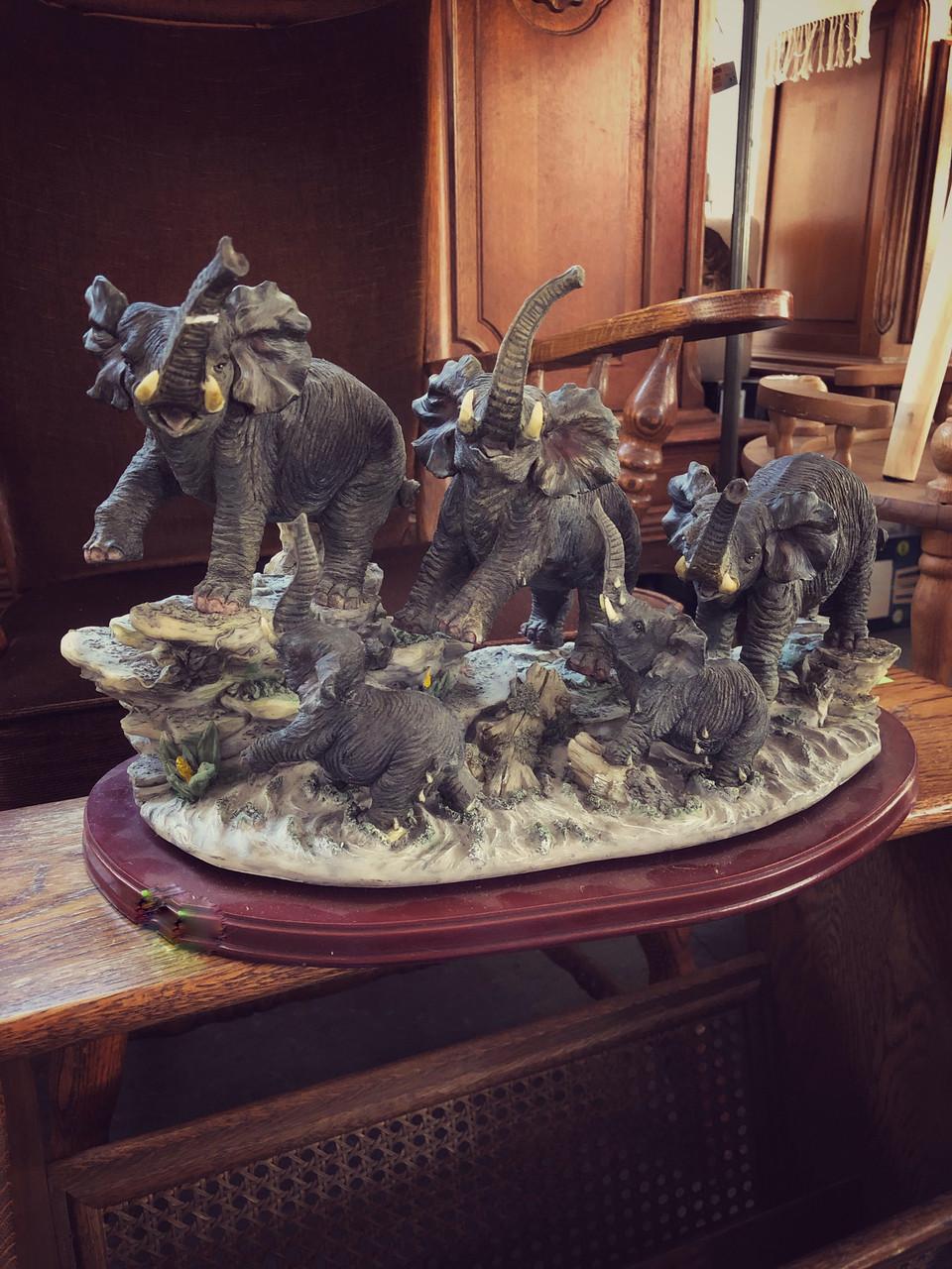 Декоративные фигуры статуэтки слонов из Германии