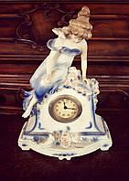 Декоративные фигуры статуэтки  Часы настольные из Германии