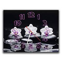 Черные настенные часы для интерьера IdeaX Цветы на камне, 30х40 см