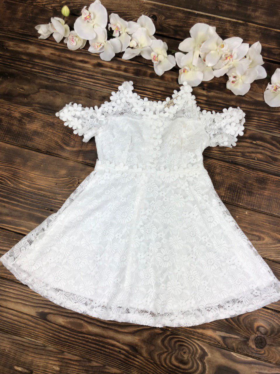 Нарядное гипюровое платье для девочки короткий рукав