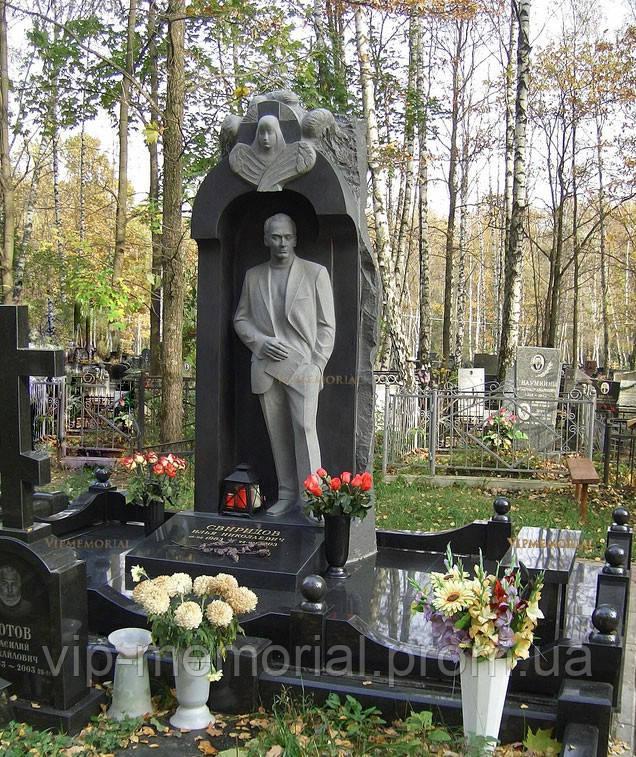 Памятник гранитный Г-530