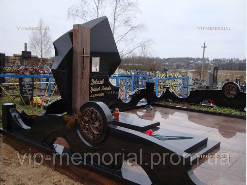 Памятник гранитный Г-538