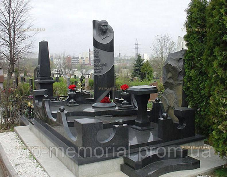 Памятник гранитный Г-545