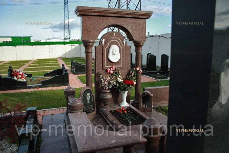 Памятник гранитный Г-549