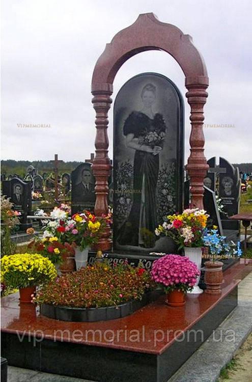 Памятник гранитный Г-550