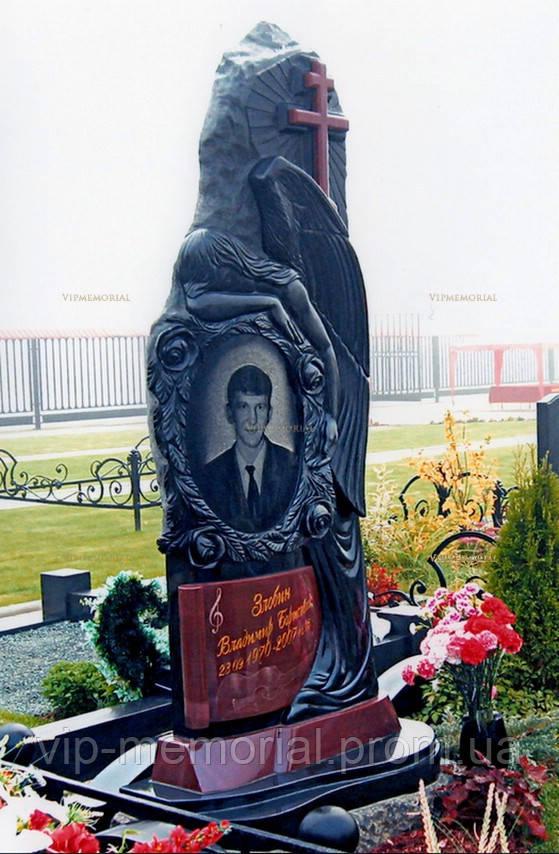 Памятник гранитный Г-556