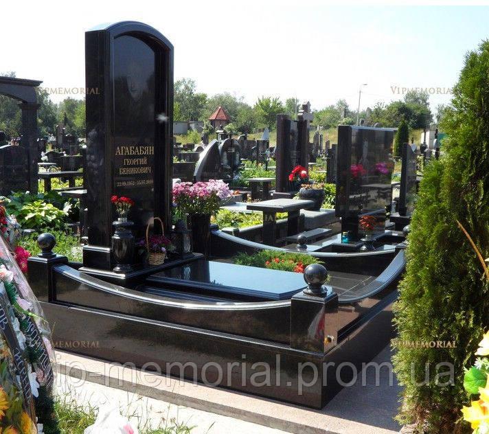 Памятник гранитный Г-649