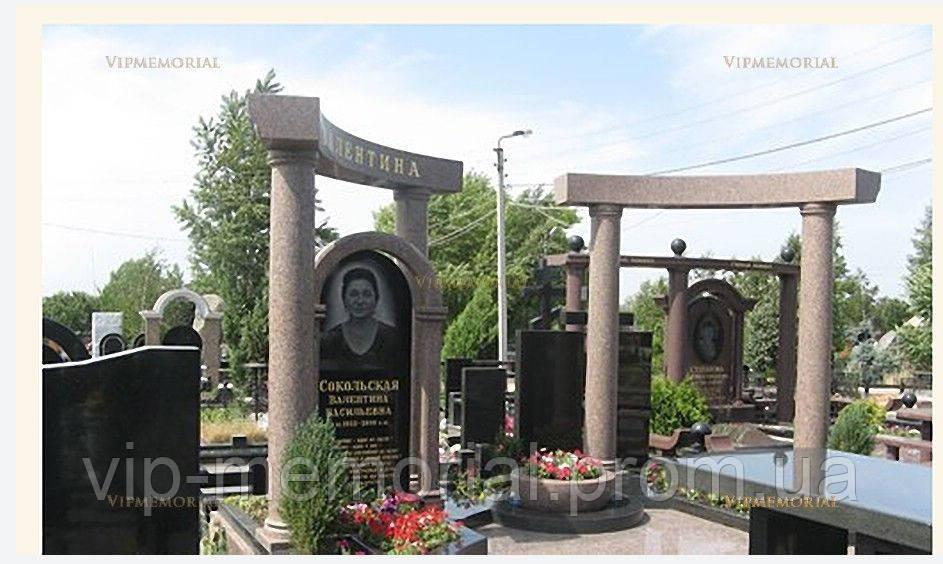Памятник гранитный Г-663