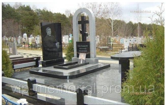 Памятник гранитный Г-671