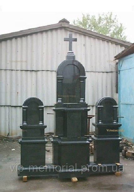 Памятник гранитный Г-680