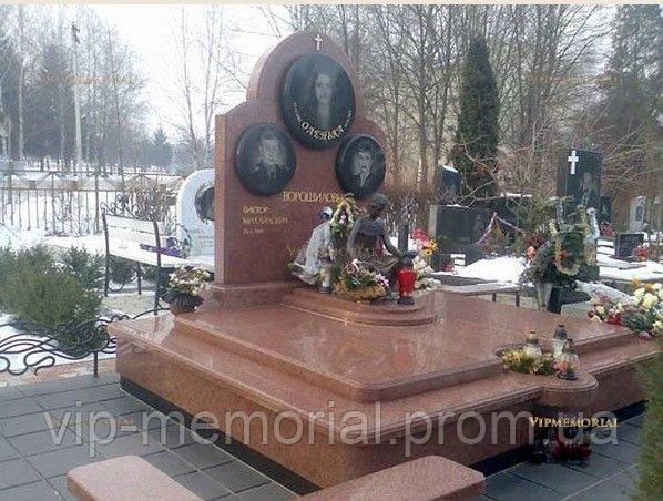 Памятник гранитный Г-695