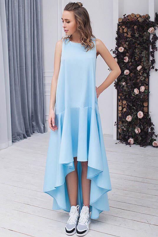 Платье со шлейфом Валентина