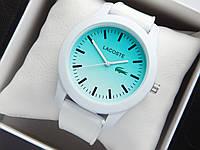 Кварцевые наручные часы Lacoste белого цвета с голубым циферблатом на силиконовом ремешке, фото 1
