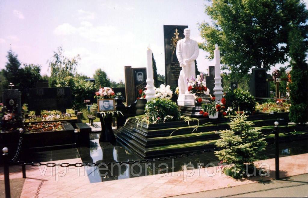 Памятник гранитный Г-766