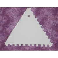 Скребок  для работы с кремом и мастикой треугольный (код 01027)