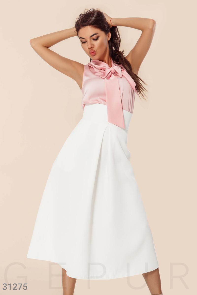Длинная нарядная юбку с завышенной талией белая