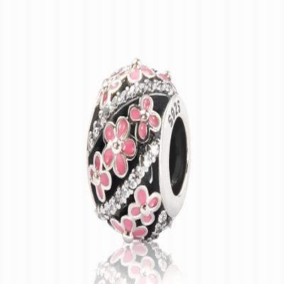 Серебряный шарм для браслета вишневый цвет Барбарис
