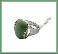 Перстень с нефритом.