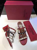 Босоножки Valentino Garavani Rockstud FU8 ROUGE/IVOIRE BLEU, фото 1