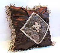 Декоративная подушка Золотой кофе-3 VIP эксклюзив с королевской (геральдической) лилией люкс